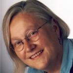 Die Kräuterexpertin Marianne Frielingsdorf lädt zur Kräuterwanderung in die Kreisstadt Olpe ein.