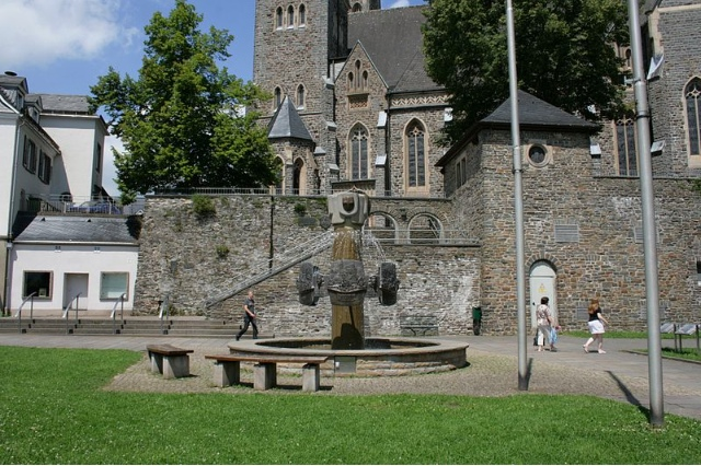 Olpe Germany  city photos : Der Geschichtsbrunnen Olpe ist ein Brunnen in der Stadt Olpe ...