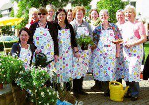 Das Team der Pflanzenbörse der Kolpingfamilie freut sich auf Ihren Besuch