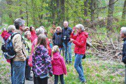 Biologin Sandra Schulte & ihre aufmerksamen Zuhörer